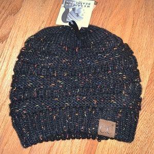 NWT C.C. Beanie Tail Hat-Black